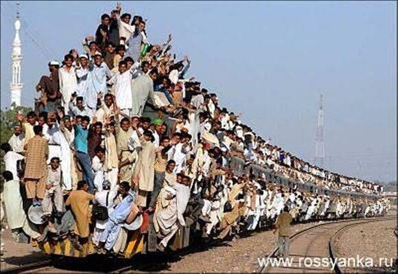 Индия, поезд 1